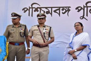 'Moral victory': Mamata welcomes SC's no arrest order for Kolkata police chief