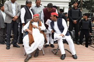 Mulayam seethes as son buckles