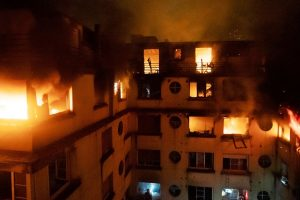 8 killed, over 30 injured in Paris building fire, toll likely to go up
