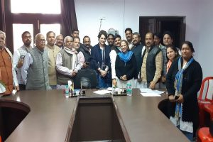 Priyanka Gandhi gets down to business in UP, holds marathon poll strategy meet with Cong workers