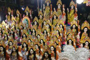 Bengal BJP distributes Saraswati idol at cost of Rs 2 in North 24 Parganas