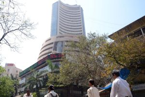 Sensex down 222 points, breaks 8-day winning streak