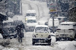 Heavy snow in J-K, roads closed, flights cancelled; prices of essentials skyrocket