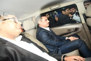 ED quizzes Robert Vadra for 2nd day; confronted with papers regarding illegal UK properties