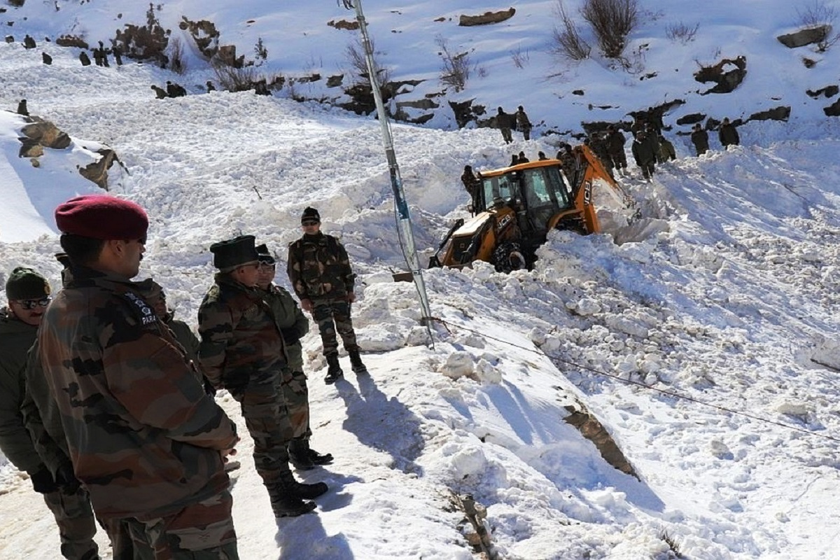 Himachal Pradesh, Avalanche, Indian Army, Kinnaur, 7 JK Rifles, ITBP