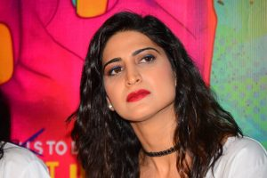 Theatre is actors' medium, not films, says Aahana Kumra