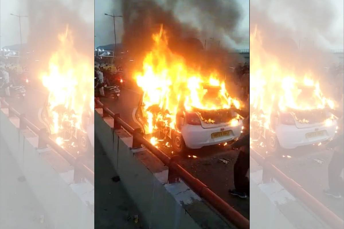 Car catches fire on Akshardham flyover, second incident in 4 days