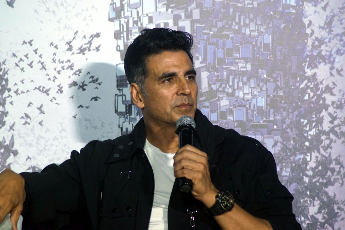 Akshay Kumar to make his digital debut with 'The End'