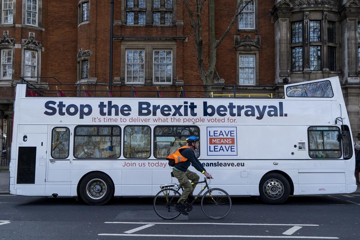 Brexit Deal, Theresa May, UK Parliament, Leavers