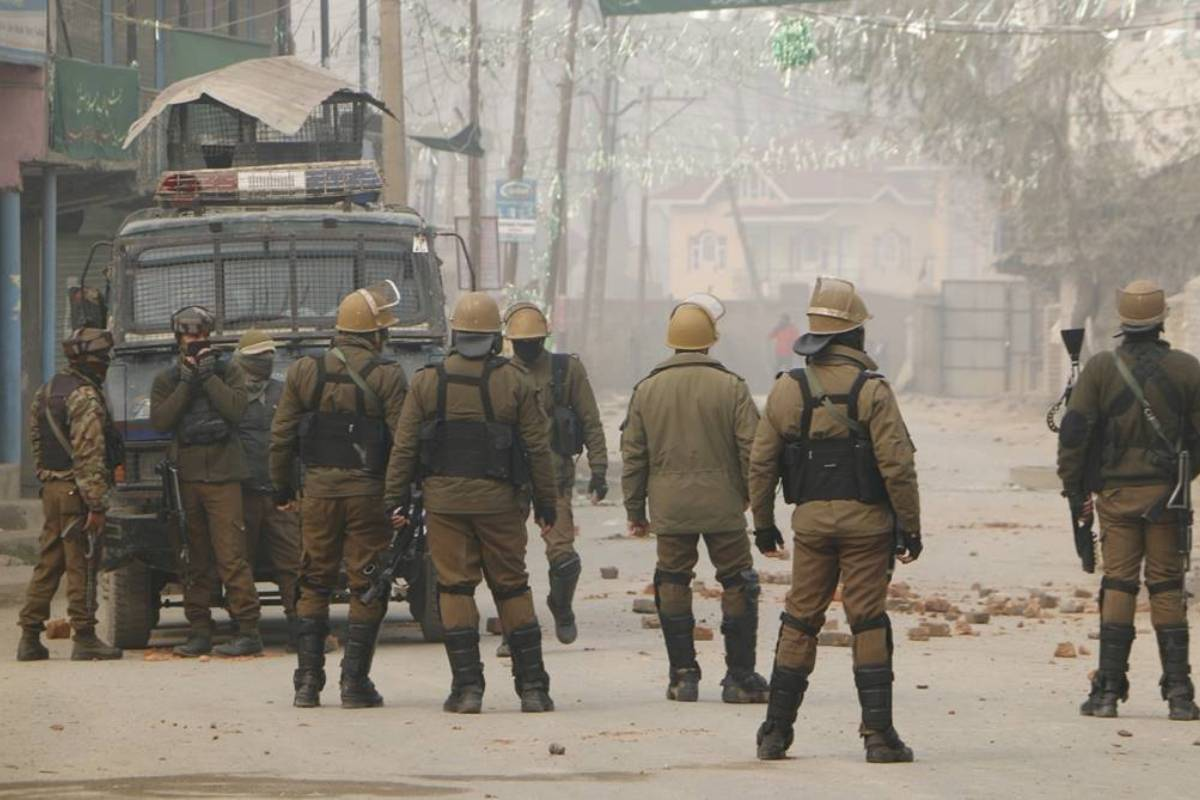 Terrorists lob grenade on security forces in J-K's Sopore, two cops injured