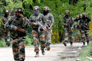 Terrorists kill Kashmiri woman SPO in Shopian