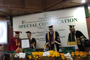 Javed Akhtar receives honorary doctorate from Jamia Hamdard University