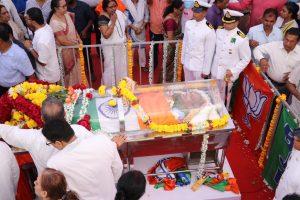 Manohar Parrikar cremated at Miramar, thousands from across Goa bid emotional adieu to CM