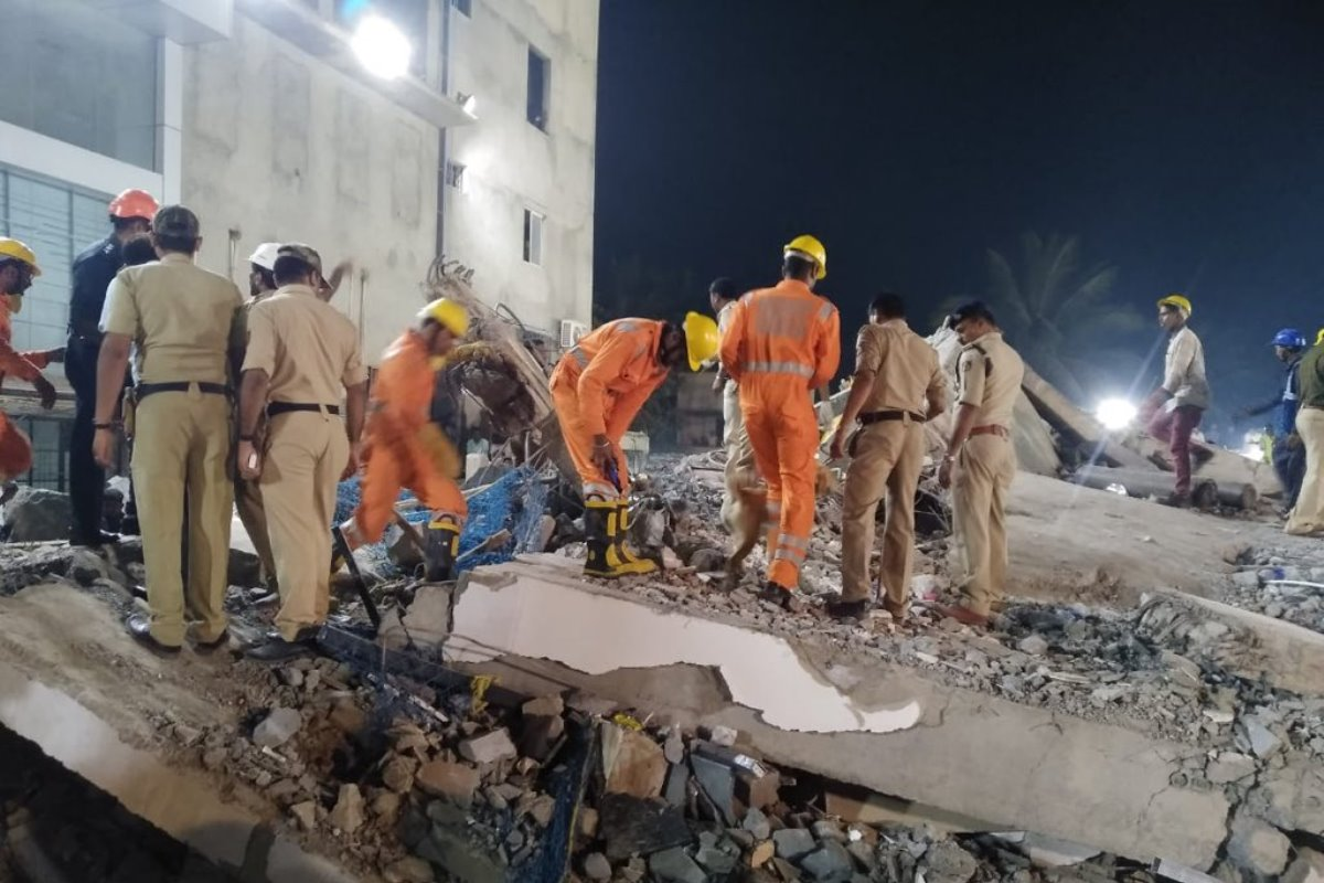 Death toll, Dharwad, Building collapse, Rescue ops