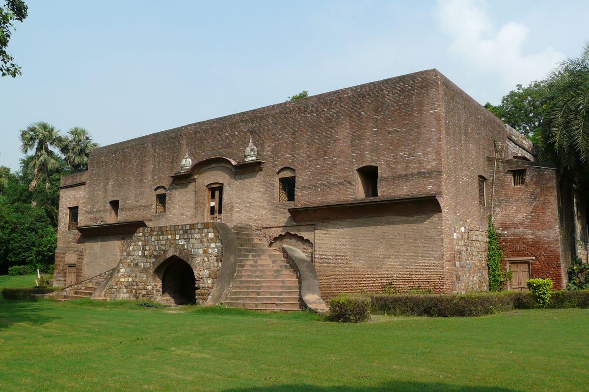 Cult of a dark hero: Tracing footsteps of John Nicholson in Delhi