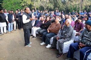 AAP takes jibe at BJP with video of Vijay Goel calling MCD 'chor'