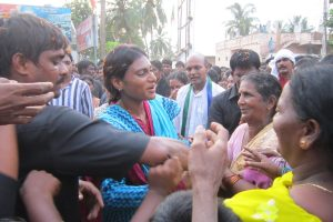 Unidentified 'supporter' snatches YS Sharmila's ring during campaigning
