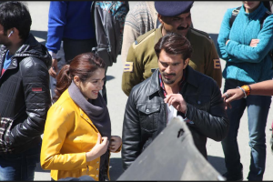Karan Singh Grover, Sagarika Ghatge spotted shooting in Shimla for AltBalaji show Boss