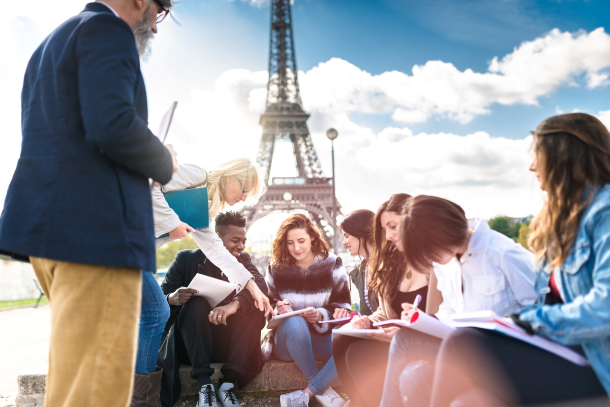 educational tourism, classroom, global tourism industry, avid travellers