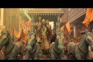 Ghar More Pardesiya – Kalank|Varun, Alia & Madhuri|Shreya & Vaishali|Pritam|Amitabh| Abhishek Varman