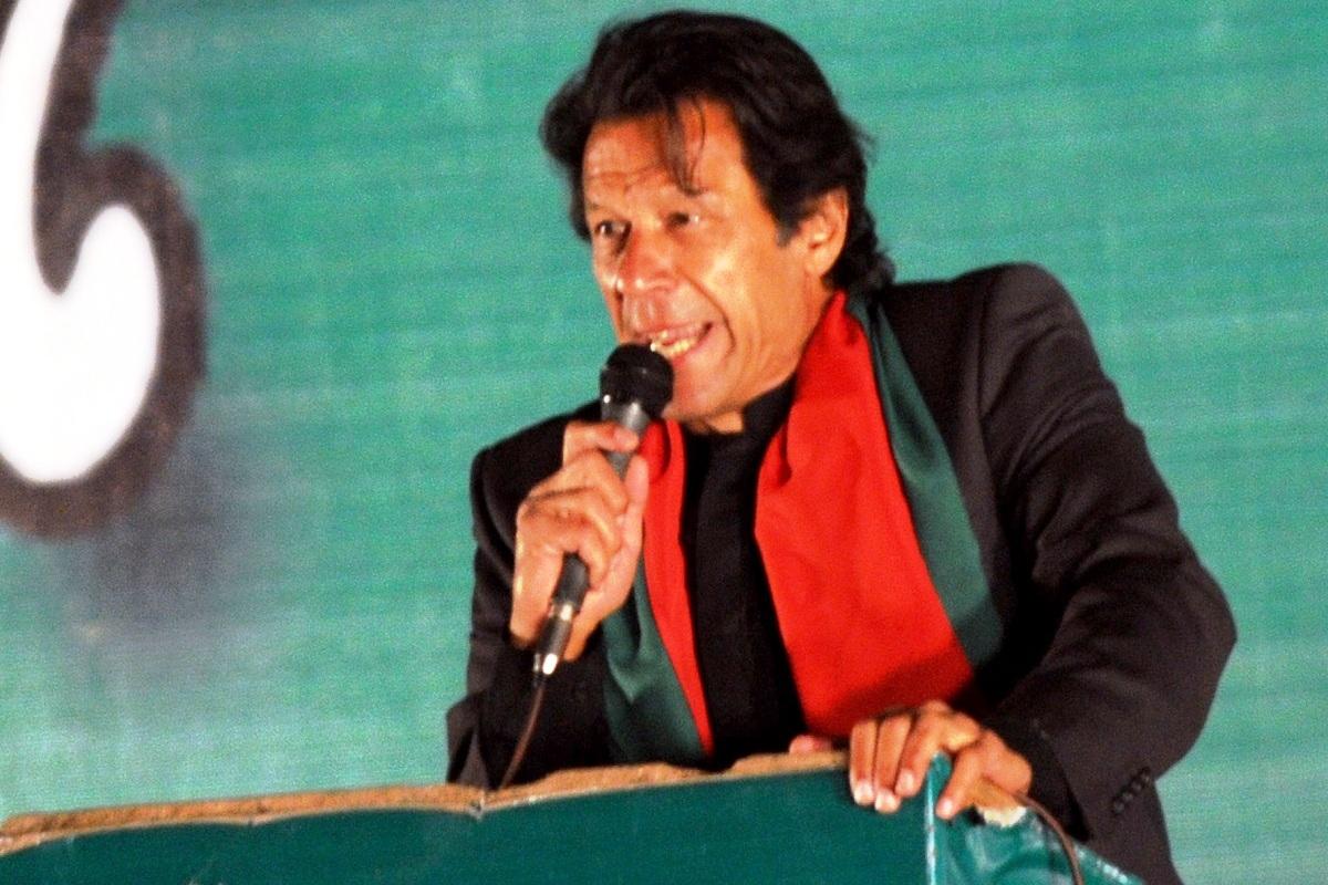 Imran Khan wishes Hindus very happy, peaceful Holi