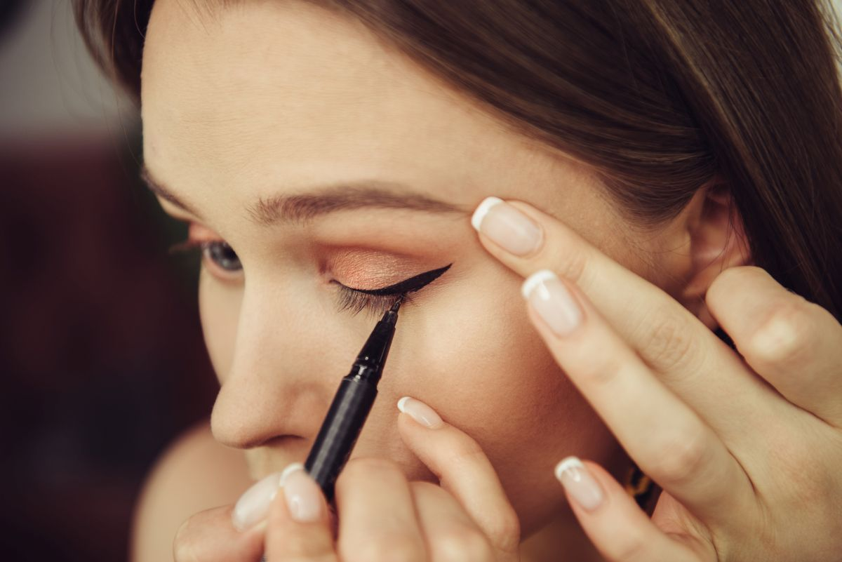 Simple make-up guide for beginners