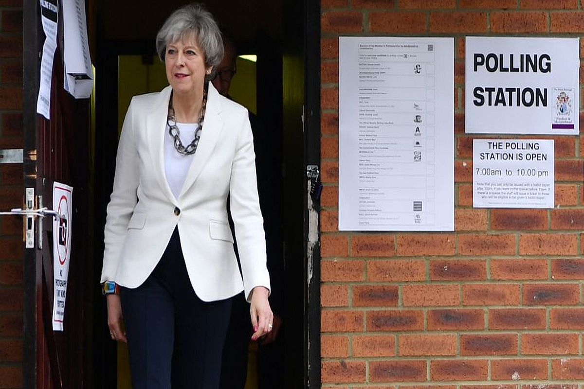 Theresa May agrees to quit if Conservative MPs pass Brexit deal in UK Parliament