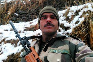'Asli chowkidaar' vs 'nakli chowkidaar': Former BSF constable says will fight PM Modi from Varanasi