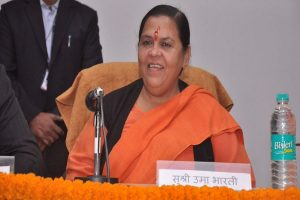 It is for LK Advani to clear the 'mist': Uma Bharti on BJP veteran not named in LS poll candidate list