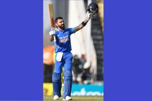 India vs Australia 2nd ODI: India all out for 250, Kohli cracks 40th century