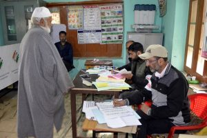 High polling percentage in Baramulla upsets separatists
