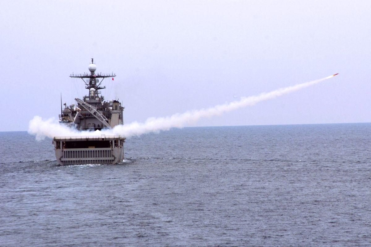 amphibious drone boat
