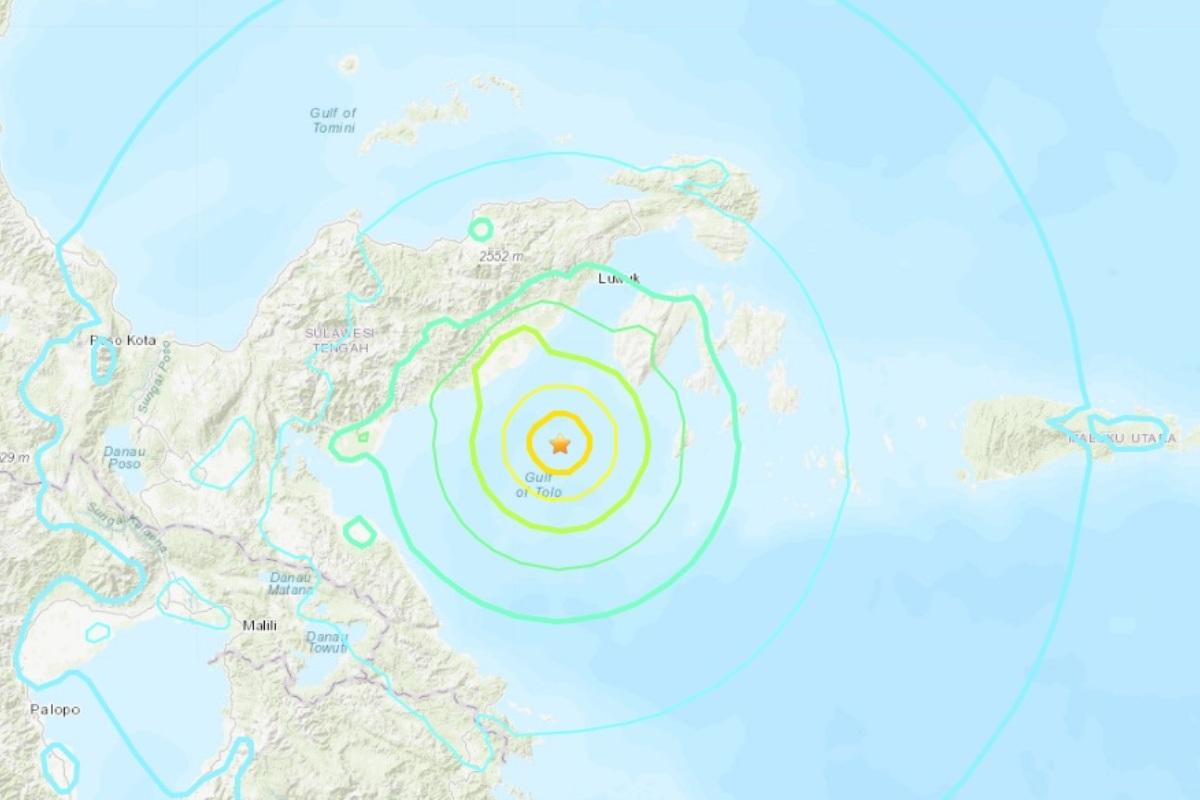 Tsunami warning, Earthquake, Indonesia, Sulawesi