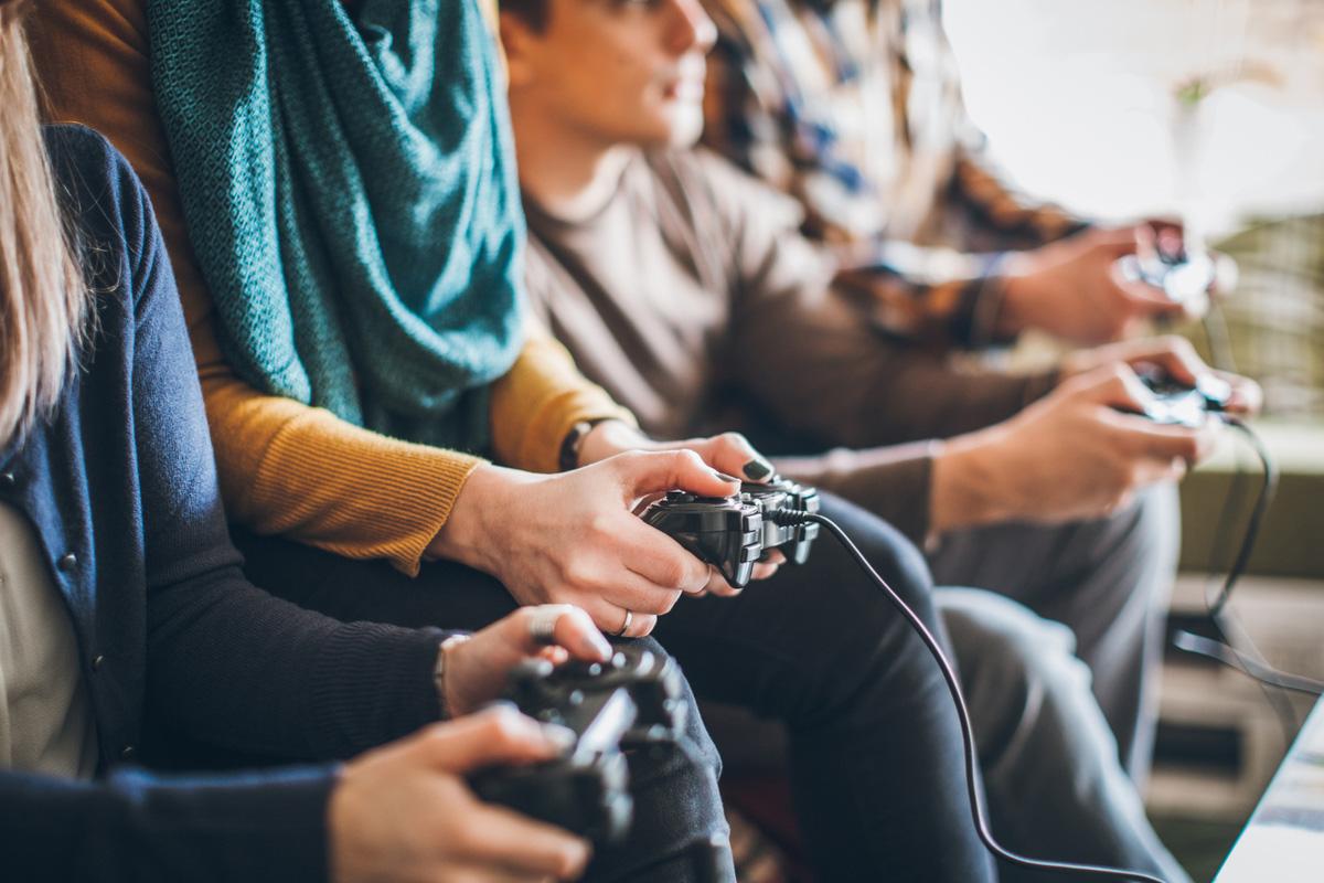 Gaming, Online Gaming