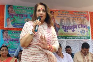 Got bed tea late, woke up very late: Moon Moon Sen on why she didn't know of Asansol violence