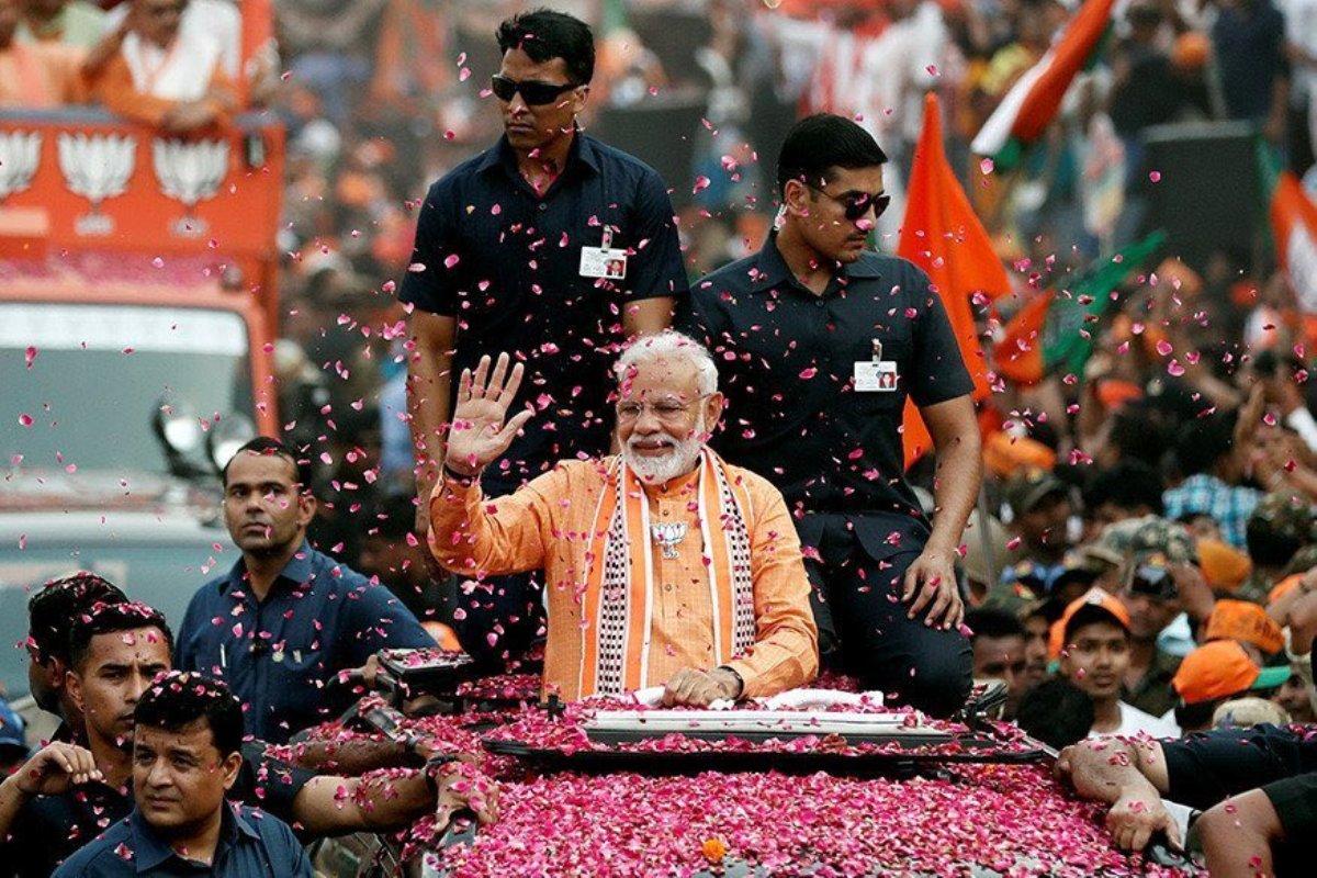 Importance of a political message, Narendra Modi, Nitin Gadkari, Akhilesh Yadav