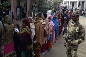 Lok Sabha polls | Crude bomb hurled at TMC workers in Bengal, 3 injured