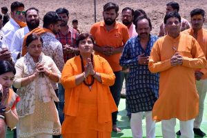 Pragya Thakur banned from campaigning for three days over Babri remark