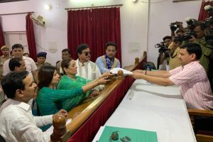 Poonam Sinha files nomination, stage set for three-cornered contest in Lucknow