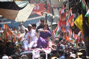 Congress' inept strategy with Priyanka Gandhi Vadra