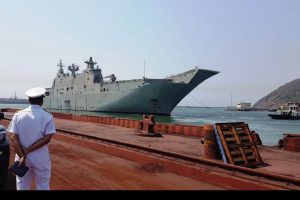 Two Indian warships to participate in Chinese Navy's anniversary