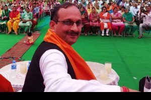 BJP on back foot in Himachal over EC bar on party chief