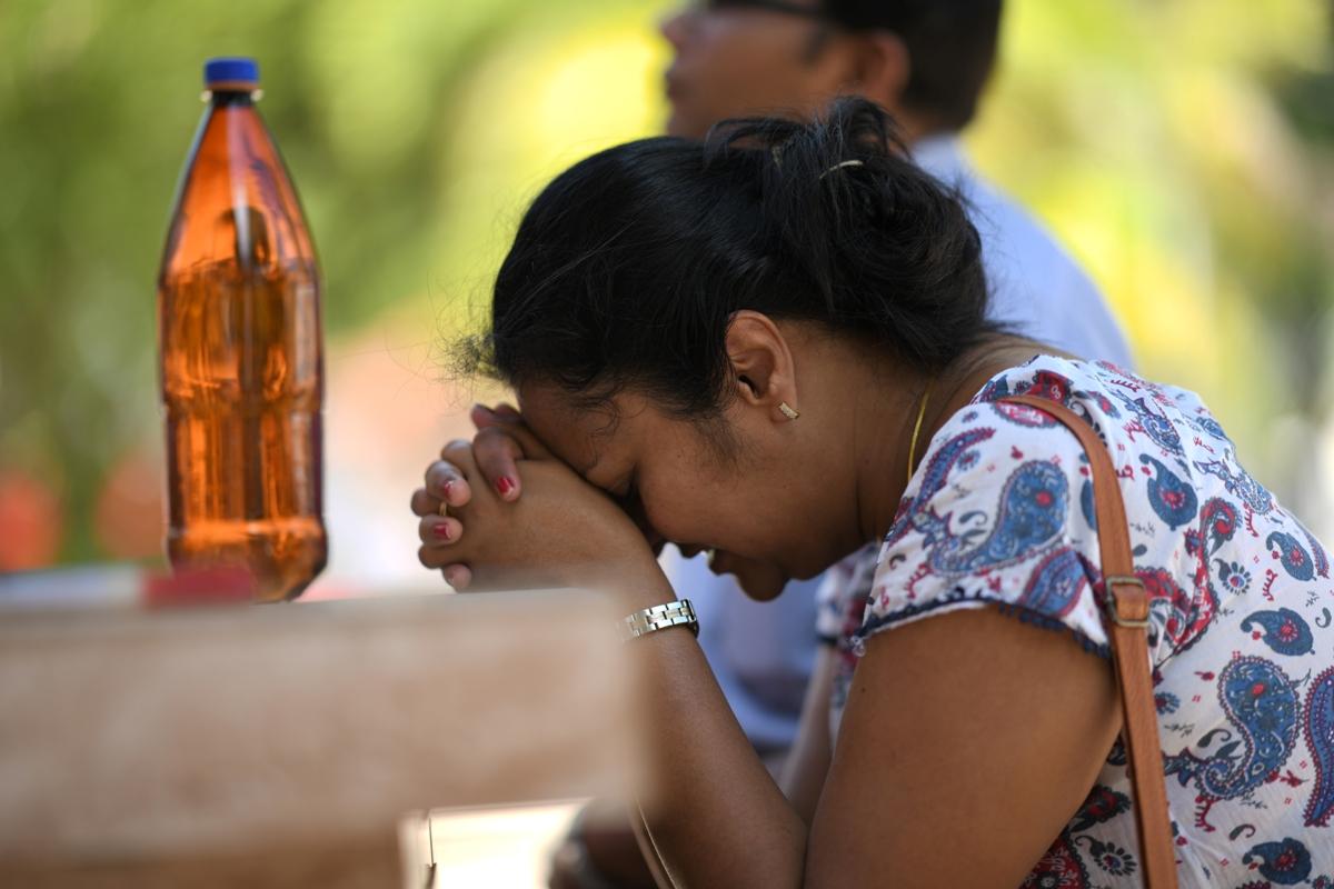 Sri Lanka, Nationwide emergency, Midnight, Easter Sunday blasts
