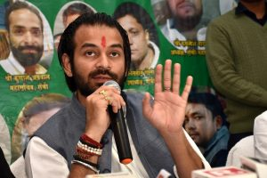 Tej Pratap Yadav among 6 injured in car accident