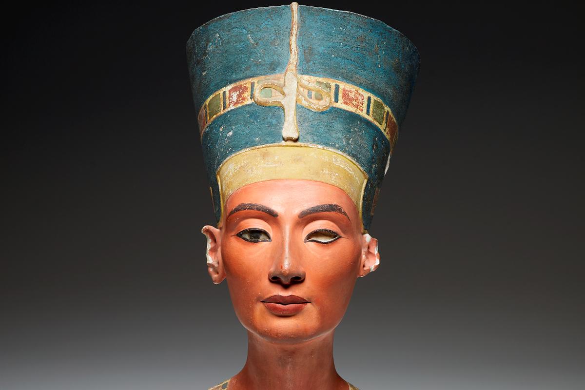 Queens of Egypt, National Geographic Museum, Washington DC, Cleopatra VII, Pointe-à-Callière, Montréal Archaeology, Ptolemaic dynasty