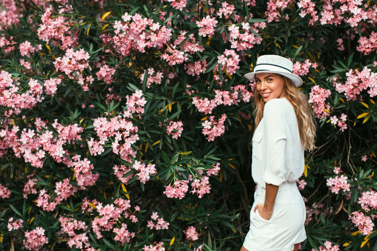 All white outfits that will have you summer dreaming