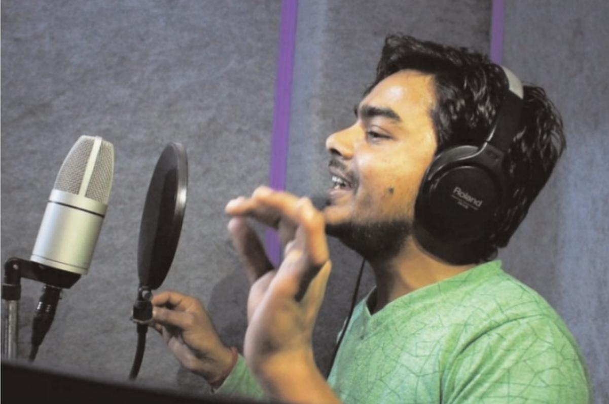 Bhojpuri songs, Bhojpuri, Manoj Tiwari, Pawan Singh, Khesari Lal Yadav, Sanjeevani Studio