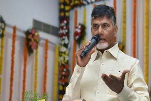 'Irresponsible, useless': Chandrababu Naidu slams EC over EVM gltiches