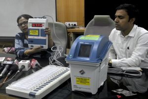 21 oppn parties file review plea in SC seeking direction to EC to verify 50% EVMs with VVPAT