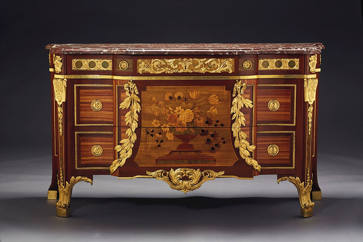 Desmarais Collection — A pied-à-terre in New York on Christie's sale on 30 April